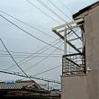 セキスイのニーちゃんが21号台風の屋根に上がってくれ