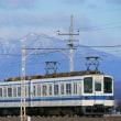 雪化粧の赤城山バックに東武伊勢崎線。