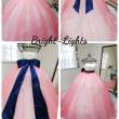 淡いピンクのオーバードレス(オーバースカート)