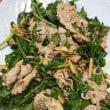 糖質オフレギュラーメニュー「ゆで豚と香味野菜の韓国風サラダ」