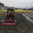 2万5千本の玉ねぎの植え付けは引き続き今日も・・です