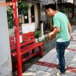 関目の赤いベンチ citizen volunteers make red benches for elderly people in my neighborhood