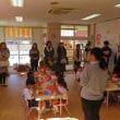 今日は年長組と年少組の給食参観でした。