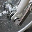オールホワイトの7段クロスバイク・・・