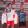 桃田選手(日本)vs Khosit選手(タイランド)