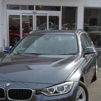 2012y BMW320dツーリングスポーツ新入庫です。