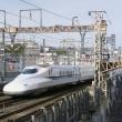静岡駅を通過するN700系新幹線とNHK静岡放送局(明日はイベントが)