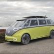 【VW】EV版マイクロバス「I.D. Buzz」が実際に走る姿を披露!