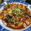 揚げ豆腐ステーキ・あんかけフライパン料理。無国籍のエスニックに挑戦か。
