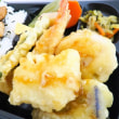 ~彩り天ぷら付き~ さんま蒲焼き弁当~。