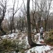 初雪の岩籠山