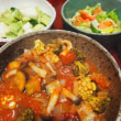 野菜たっぷり・トマトソースのパスタ