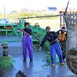11月号の表紙の写真は「記録的不漁のまま漁期終盤戦へ」(斜里漁港・ペレケ新港)です。