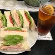 今日のお昼ご飯 スモークチキンサンド