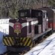 冬の青森観光の目玉はやっぱりストーブ列車!