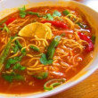 「シカールバザール(シックハールバザール)」、ネパール料理店で、ブータン(もつ炒め)、トゥクパ(ネパール式汁そば)、ミックスラッシー