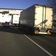昭島市美堀町「大型トラックが………」