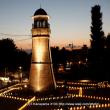 薄暮の時報塔