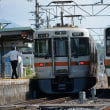 6月17日撮影 飯田線は213系 北殿駅での並び その3