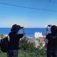 小樽、きれいな青空だ。