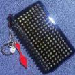 存在感のあるルブタン偽物レディース財布