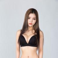 Han Yu Na(Asian sexy lady)