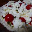 モッツァレラチーズでピザ