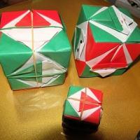 折り紙「サイコロ サンタ」