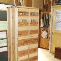 土物用食器家具を茨城の杉で造ってみました。 -矢田奈保子-
