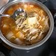 白菜、モヤシ、キノコいっぱいのキムチ鍋と〜^^