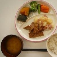 今日のお昼は、ほくほくおいしいかぼちゃ☆でました!!