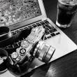 No.4303  coffee. camera. mac.