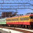 高架となった新潟駅に入線する115系6連