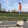 人工芝で草野球