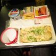 JAL61便 成田空港行 2度目の機内食 (5/15)