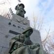 本郷新「勇払千人同心」 苫小牧の野外彫刻(2)
