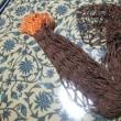 飯食う編む食う編む・・・そしてブタに・・・。