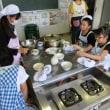 3年生は、豆腐づくりを体験しました。