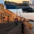1隻座礁、3隻衝突が同日時に   S-Petersburg,ロシア