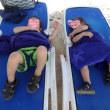 双子連れキューバ旅行<3日目>ビーチで昼寝