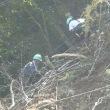 ロッククライミングマシーン登攀の準備作業中