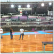 大阪市中央体育館で日本拳法総合選手権大会の準備