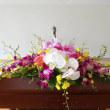 小規模の式典に 演台のお花