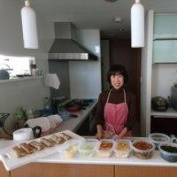 はじめてのキッチンでお料理するのはドキドキ♡だからこそ「美味しかった♡」「ありがとう♡」の言葉が響きます。