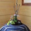 備長炭と生け花のコラボ
