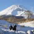 雪に輝くパワースポット富士山