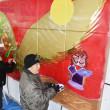 障害者アート  ご縁をテーマに壁画 出雲のスーパー /島根