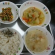 定番の和食給食のじゃがいものうま煮、良く食べてくれます❗