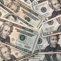 低格付け企業の債務増加、懸念高まる