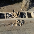 耕福米耕作人の地域の農業井戸に水中ポンプを挿入しました。